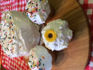 Winter Snow White Cupcakes